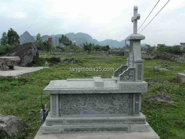 Mộ đá công giáo LMD 010